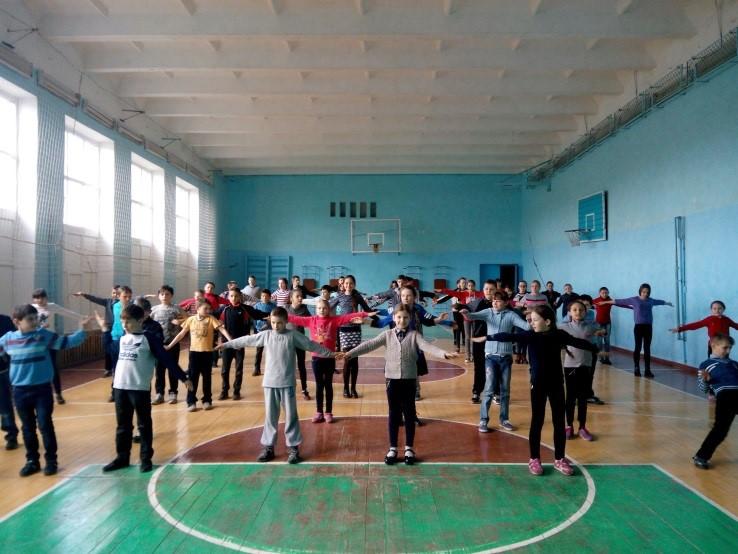 """""""Руханка"""" в Бурштинській ЗОШ І-ІІІ ступенів №1"""